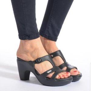 Crocs Cypress V Heel Platinum, Size 11